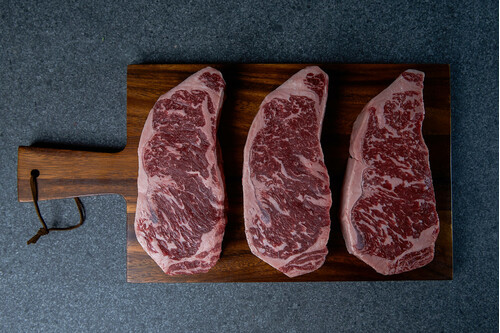 WAGYU MB 6~7 SIRLOIN STEAK 300GM